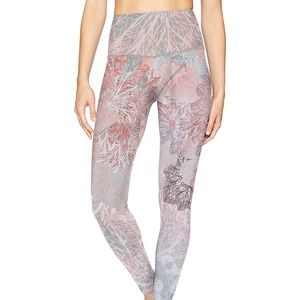 Onzie Graphic High Rise - NEW
